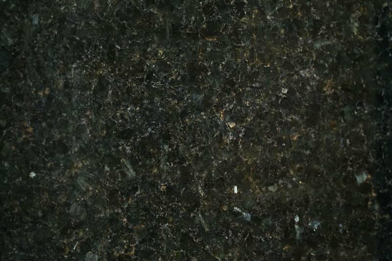 Granito Verde Ubatuba Extra 60X60x1.2-1.5
