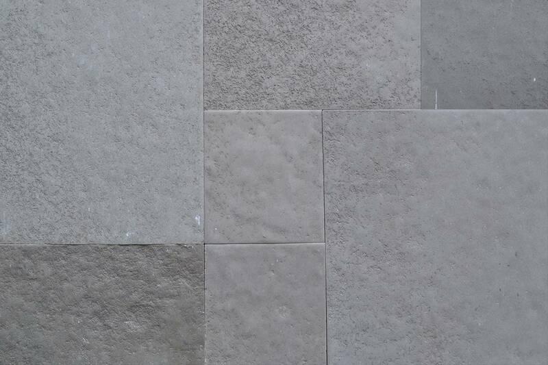 Limestone Tandoor Grey Collection Patron (72Cms)
