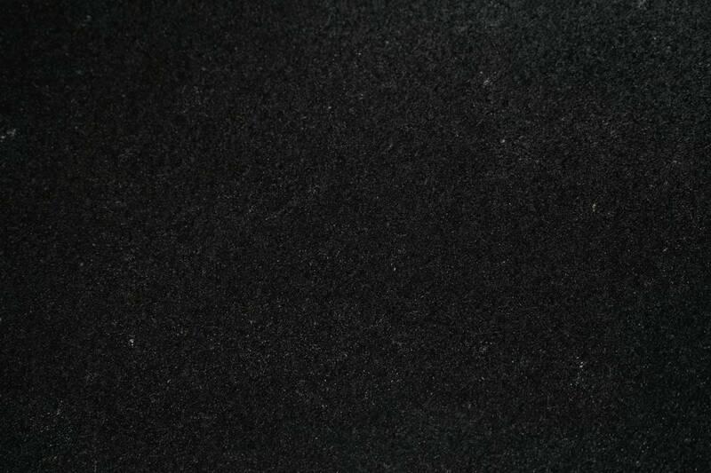 Granito Preto Bahia 30.5X61x2 S/E