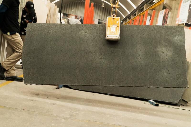 Granito New Black Pearl Flam+Brush Media Lámina