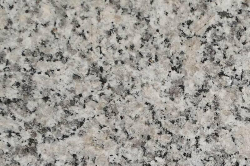 Granito White Pearl Flameado Prom 40X40x1.5