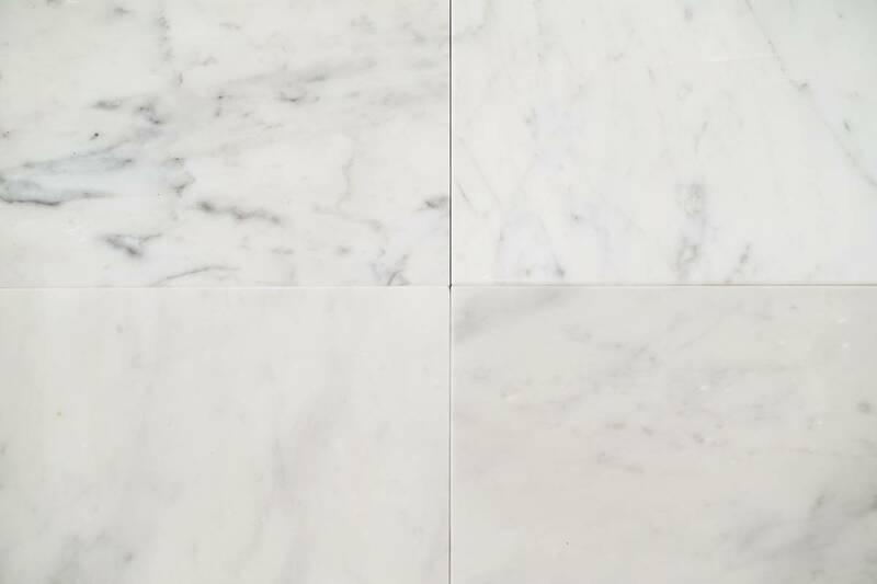 Mármol Blanco Carrara Seleccionado 30.5X30.5X1 10