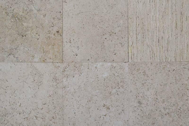 Mármol Carrara With Silver Segno Collection