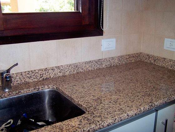 Granito marron canela extra for Granito color marron
