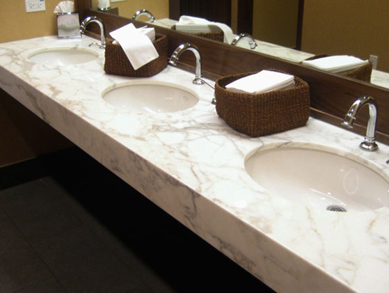 M rmol blanco arabescato for Color del marmol de carrara