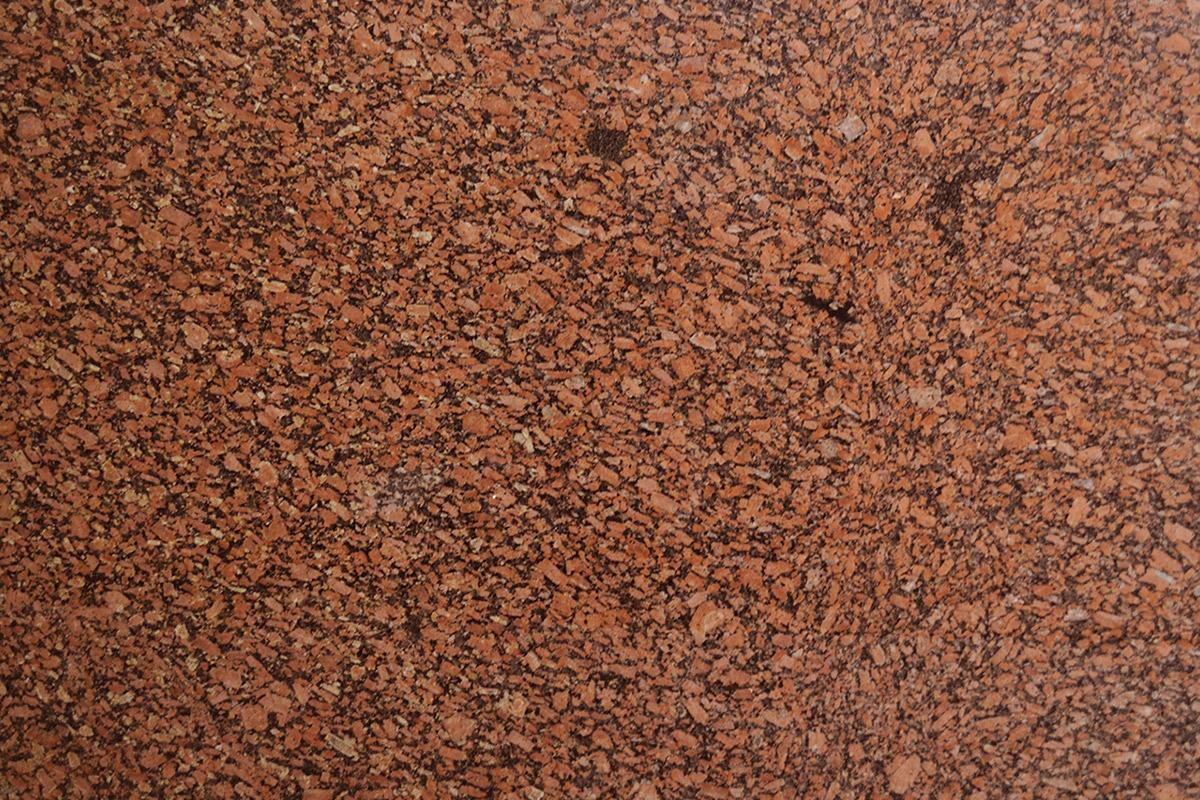 Granito Vermelho Brasilia Extra