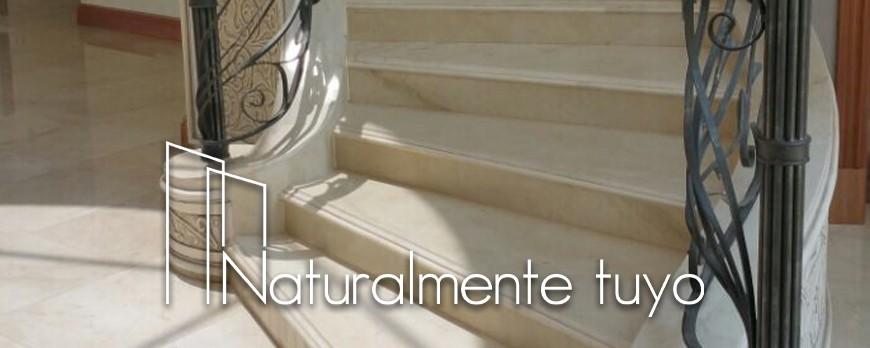 Calidez, luminosidad, calma… sensaciones que provoca el mármol Crema Marfil en tu hogar