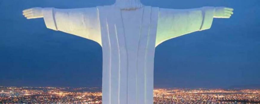 Cristo de la Habana... 20 Mts.